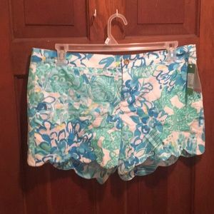Lilly Pulitzer blue multicolored shorts